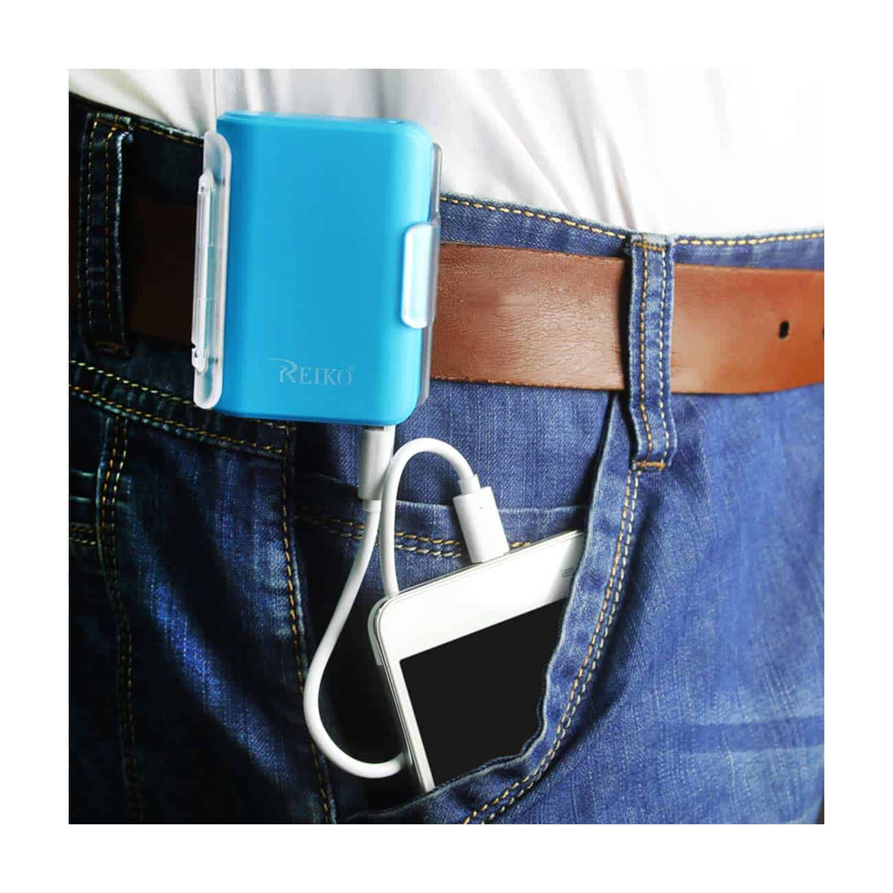 4000MAH UNIVERSAL POWER BANK WITH CABLE IN BLUE