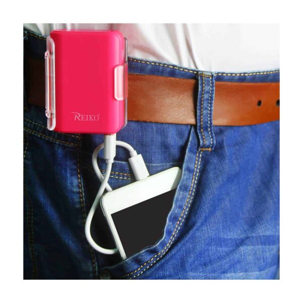 4000MAH UNIVERSAL POWER BANK WITH CABLE IN HOT PINK